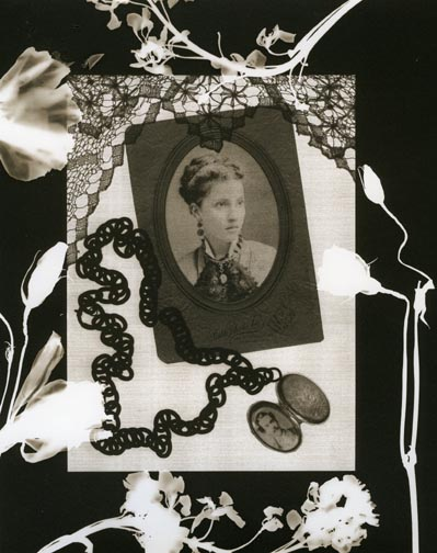 Willie Anne Wright, Lady with a Locket (2009)